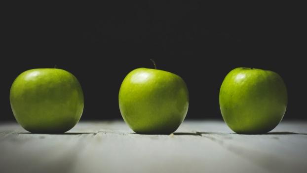 as_easy_as_apple_1